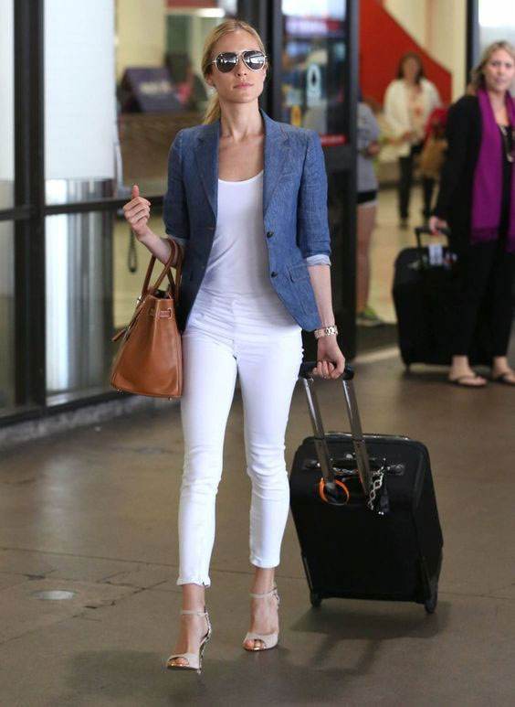 white jeans elegant airport style