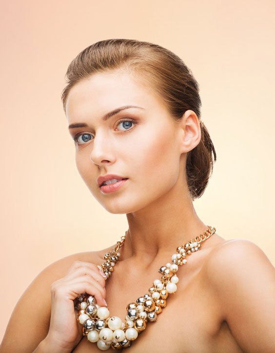 13-massive-colored-statement-pearl-necklace