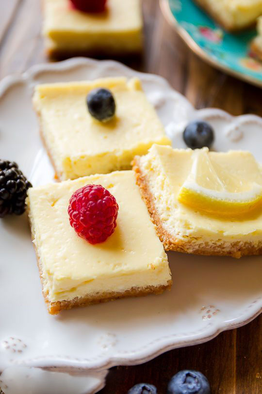 Greek yogurt lemon bars