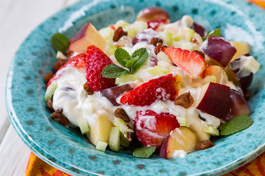 Skinny Fruit Yogurt Saladyogurt dessert recipes