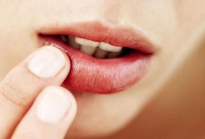 dry lips benefits of green tea