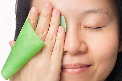 oily skin benefits of green tea