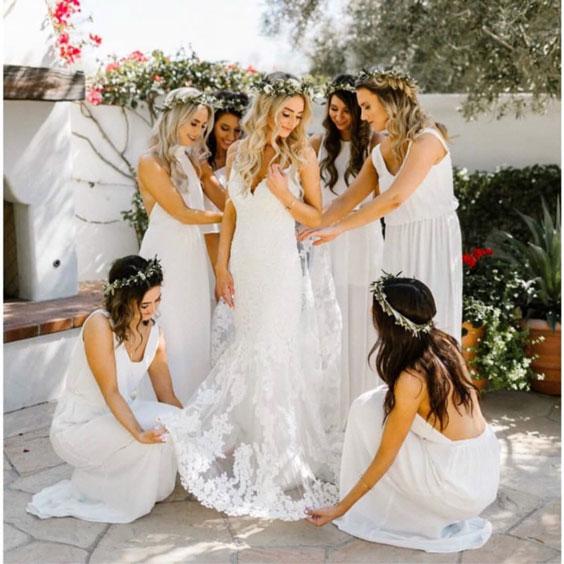 bridesmaids photoshoot ideas 12.jpg
