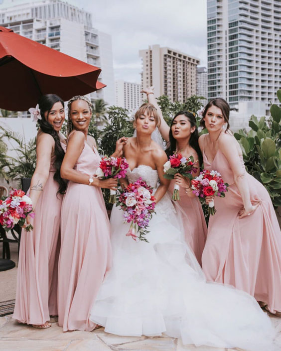 bridesmaids-photoshoot-ideas-13