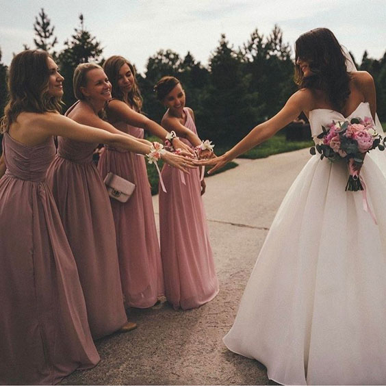 bridesmaids-photoshoot-ideas-15