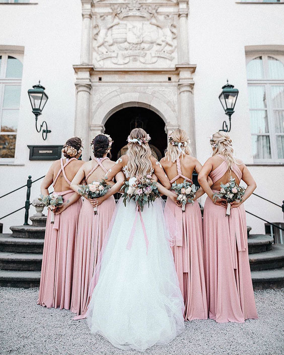 bridesmaids-photoshoot-ideas-17