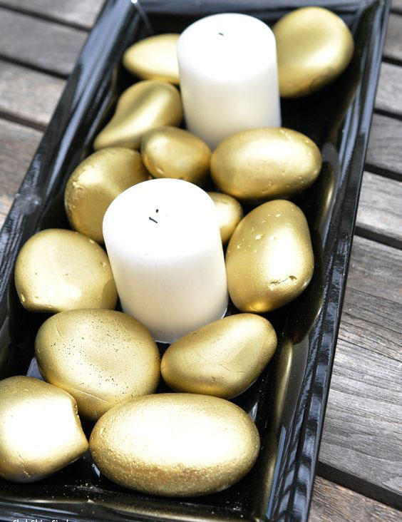 candles-with-gold-stones home decor ideas