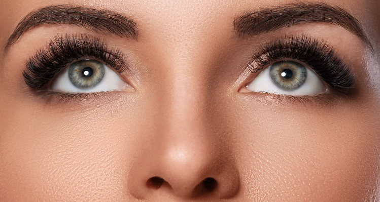 Define your eyes impressively with eyelash extensions