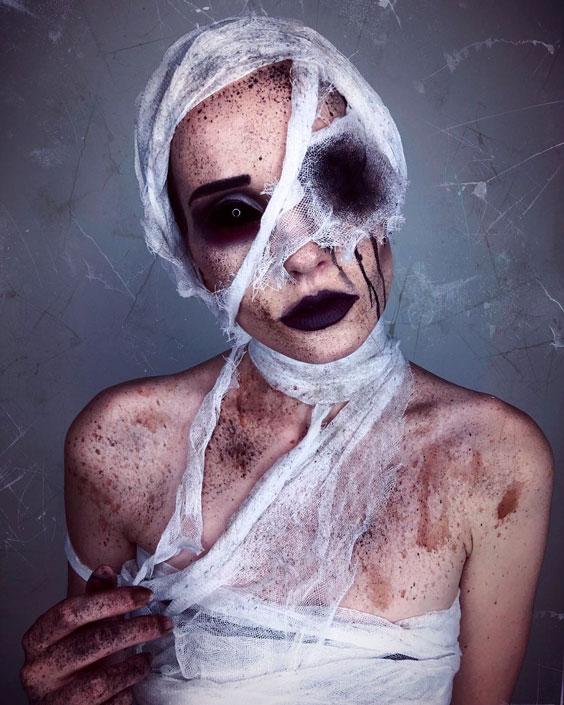 The Mummy - Under wraps halloween costume ideas