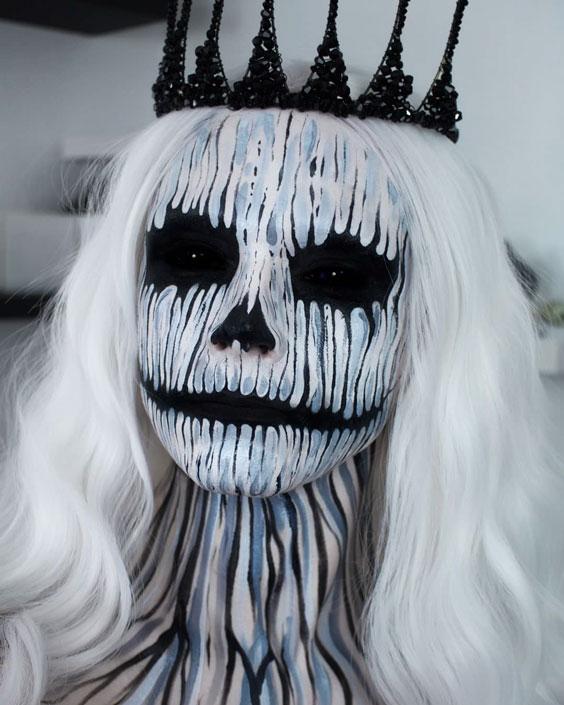 The Queen Of Evils halloween makeup ideas