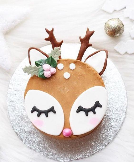 Cute Reindeer Cake
