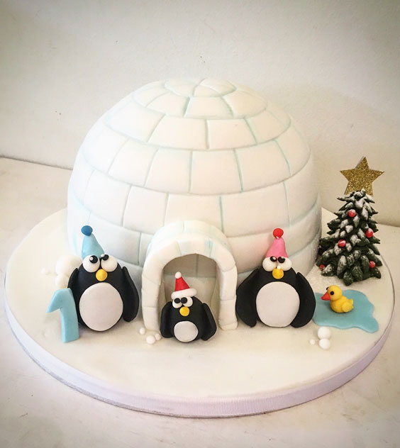 Lil Igloo Cake with Penguins