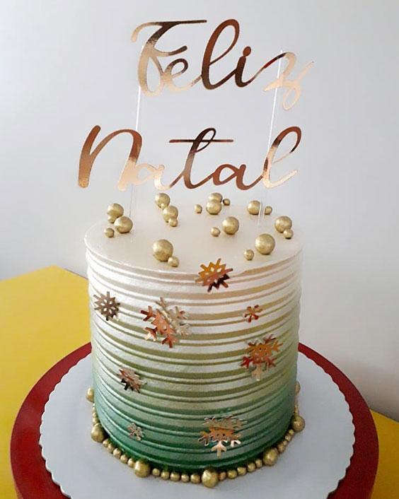 The Glittery Christmas Cake