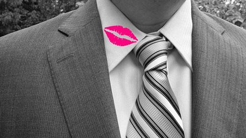 catch a cheater-lip mark