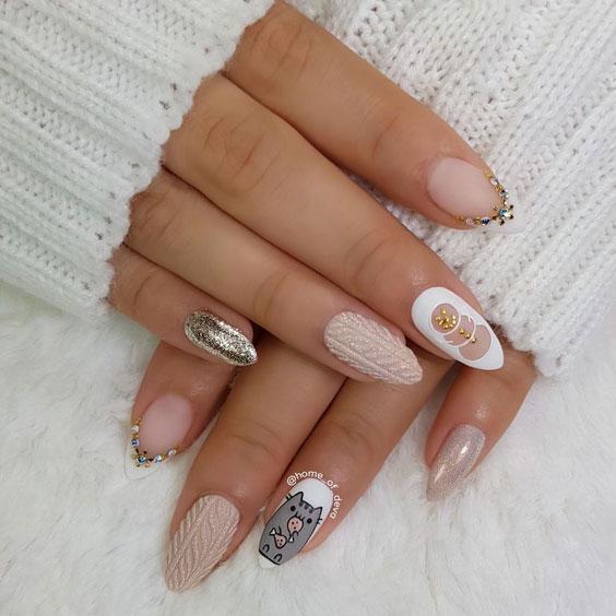 classy thanksgiving nail art