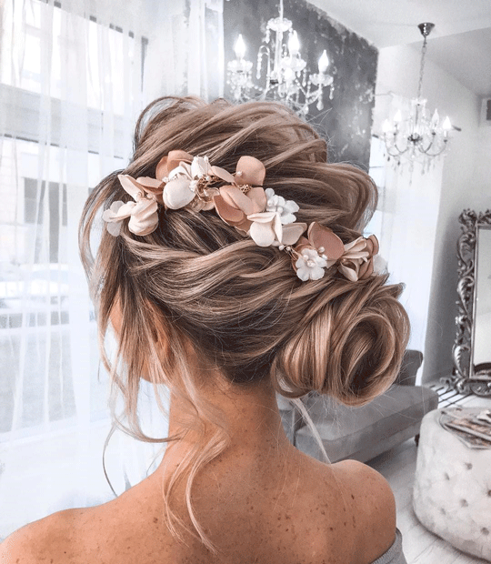 Small bun flower hairstyle
