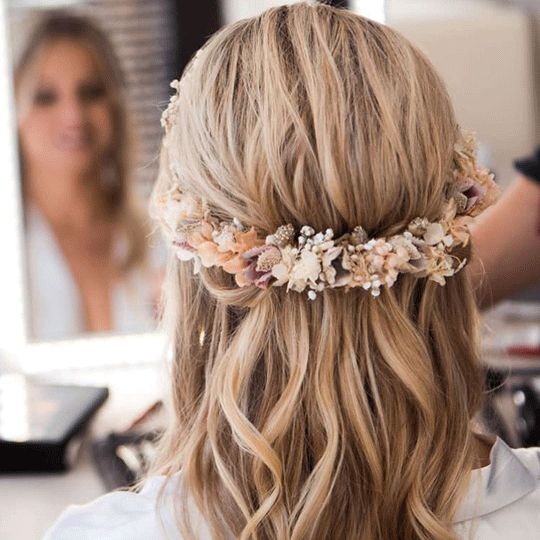 Twisted hair flower hairstyle