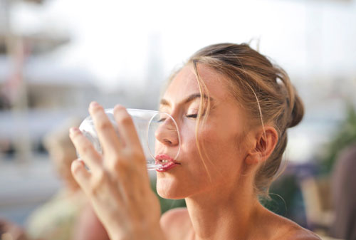 drink plenty of water to slim down and feel beautiful