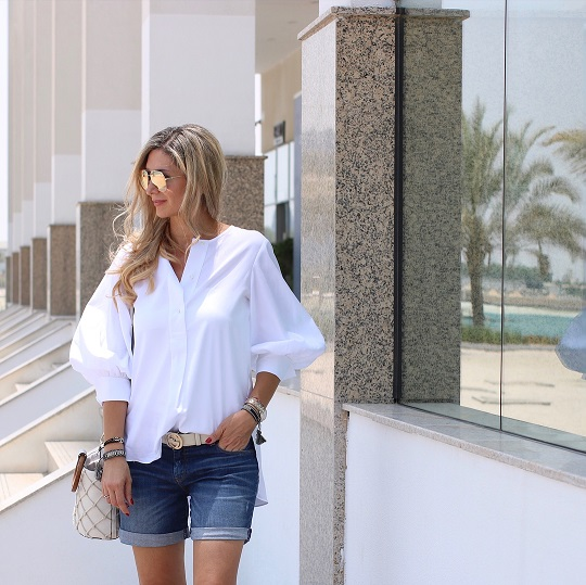 Loose white shirt with denim shorts