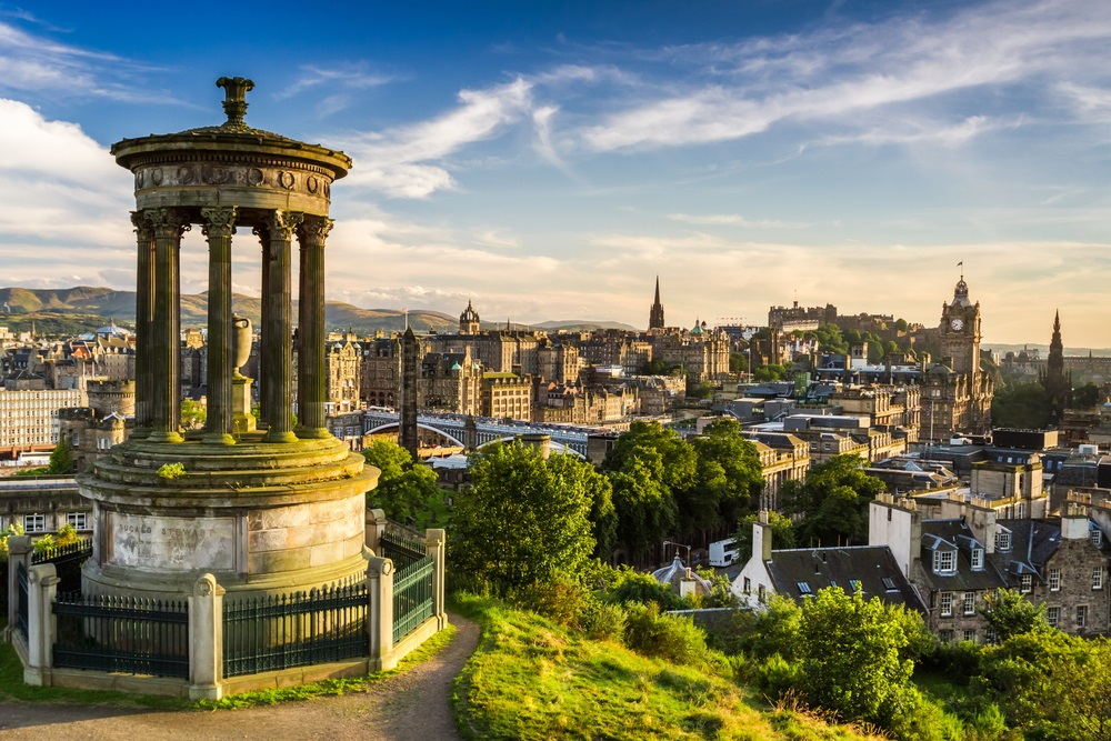 Edinburgh UK Destinations Worth Visiting For Christmas
