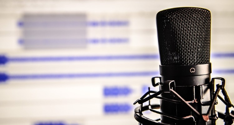 Tips on Finding the Best Apps for Podcast Listening