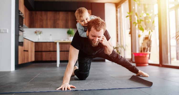 How to Fit Fitness Into the Hectic Schedule of Single Parenting