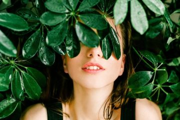 Cosmetic Product Brands That Use All-Natural Ingredients