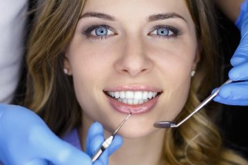 How to Maintain Bright and Healthy Teeth