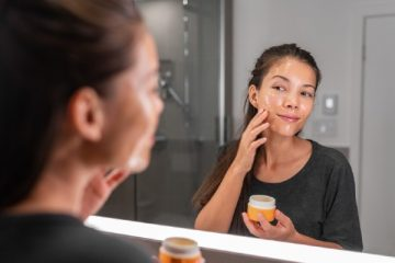 Mirrors with Lights: The Best Choice for Having Spotless Makeup