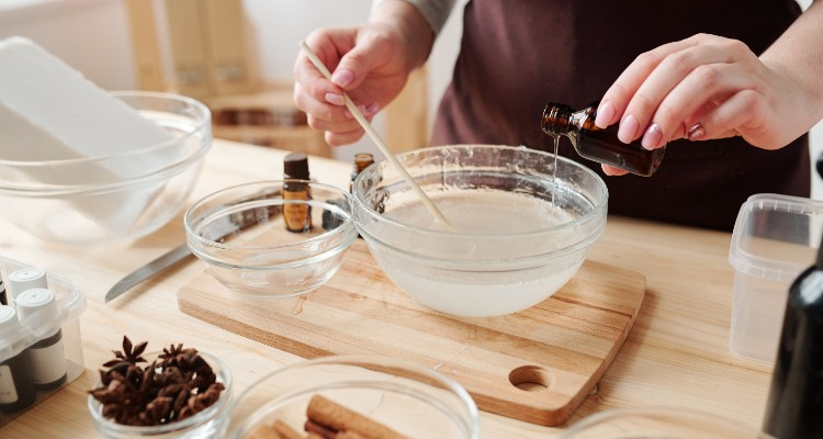 Get To Know The Use Of Essential Oils In Cooking