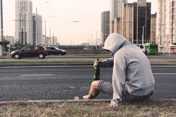 Health Complications Associated With Alcoholism
