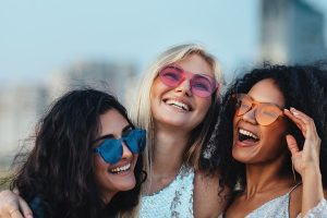 8 Hippest Women's Sunglasses Trends To Follow