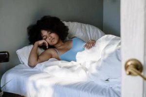 6 Tips on How to Improve Your Beauty Sleep