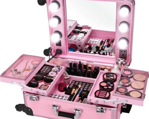 Pick up a Nice Set of Makeup